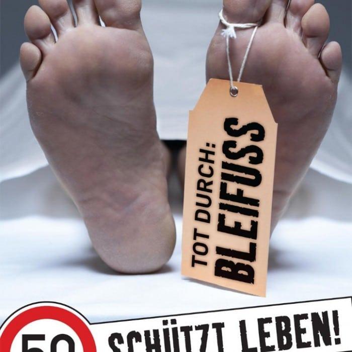 """Verkehrssicherheitskampagne des Landes Salzburg 2010: Plakat """"50 schützt Leben"""""""