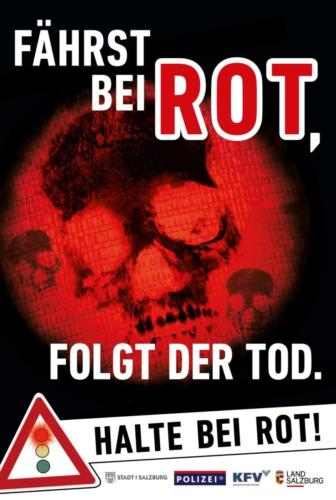 """Verkehrssicherheitskampagne des Landes Salzburg 2018: Citylight """"Halte bei Rot"""""""