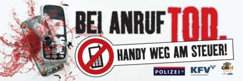 """Verkehrssicherheitskampagne der Landesregierung Salzburg: 2011 Banner """"Handy weg am Steuer"""""""